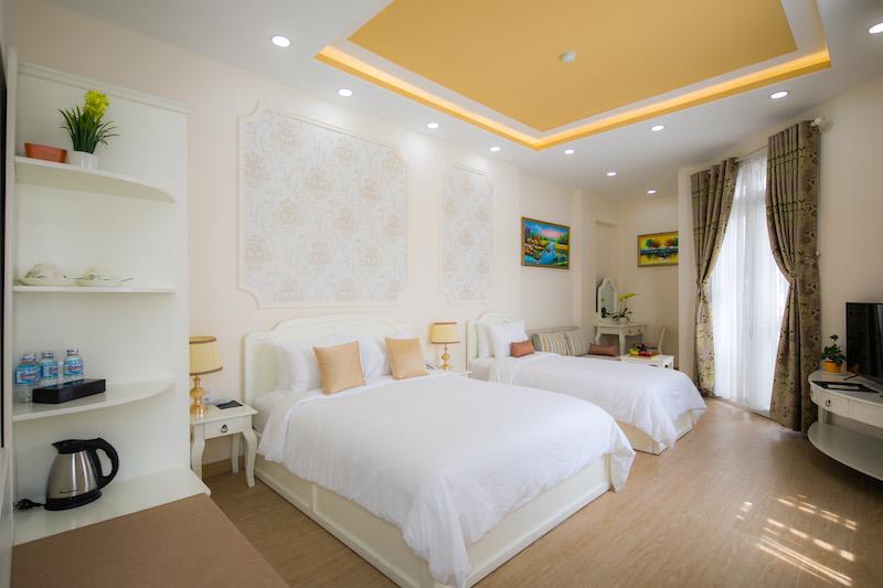 Triple room main